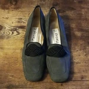 101sh Size 5 Grey Proxy loafer shoe made in Spain